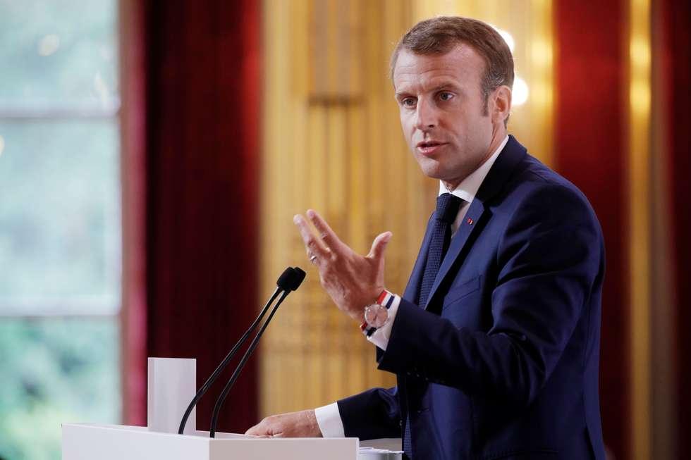 Macron rebate Bolsonaro: 'não é lobby, queremos ajudar no futuro da Amazônia'