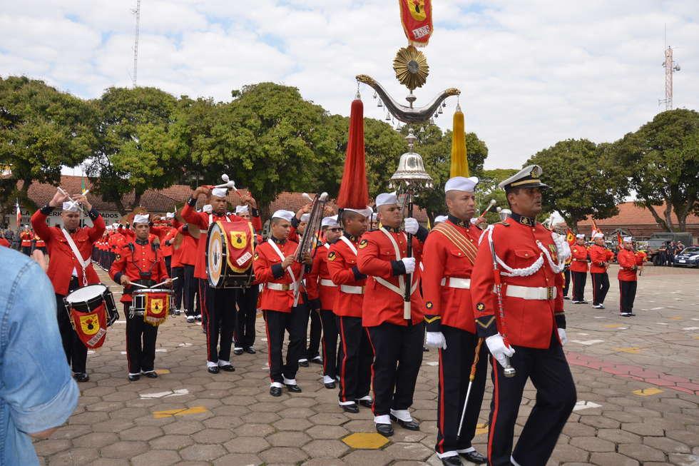 Banda de Fuzileiros se apresenta amanhã na praça central