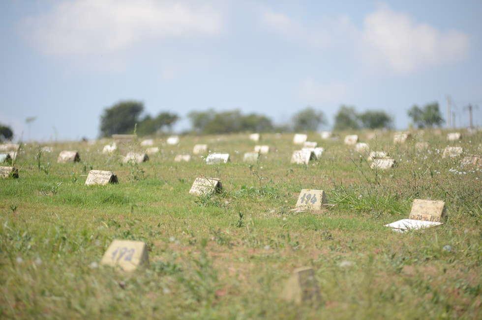 Vereadores aprovam normas para reutilização de covas de cemitério