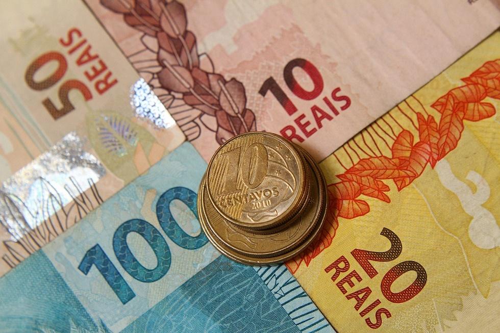 FGV: PIB caiu 8,7% no segundo trimestre