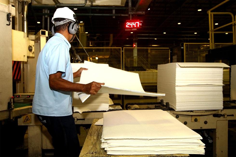 Produção industrial cresce 10% em SP