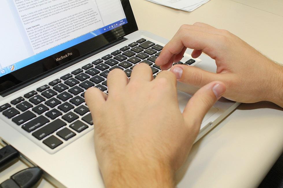 TSE atende a menos de 1/3 das ações para tirar conteúdo da web