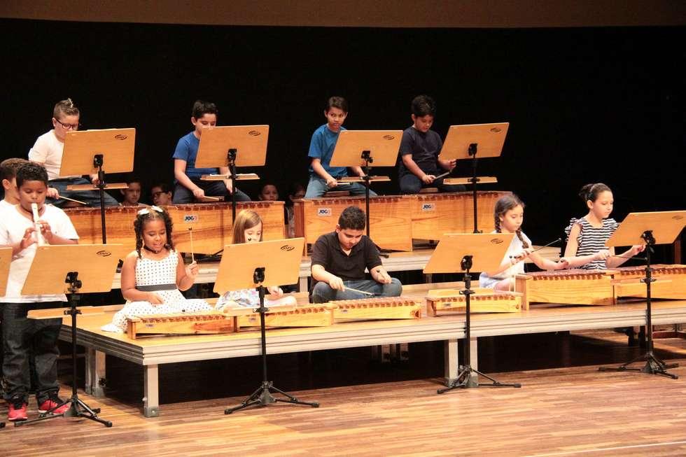 Alunos de Musicalização se apresentam na Fundec