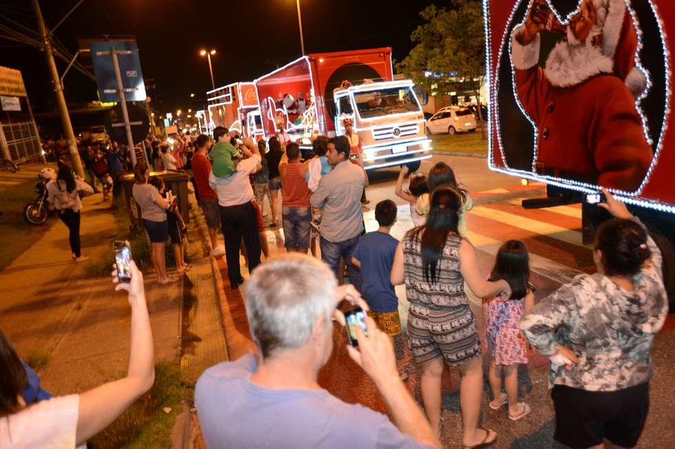 Caravana chega com a alegria do Natal