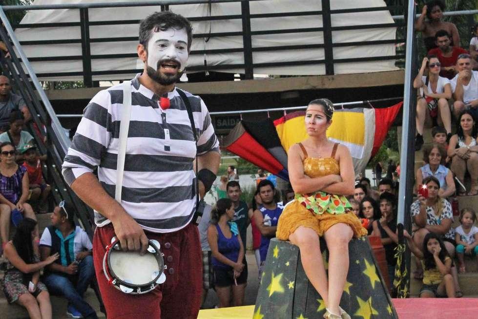 'Auto do circo' inicia nova temporada no Pq. das Águas