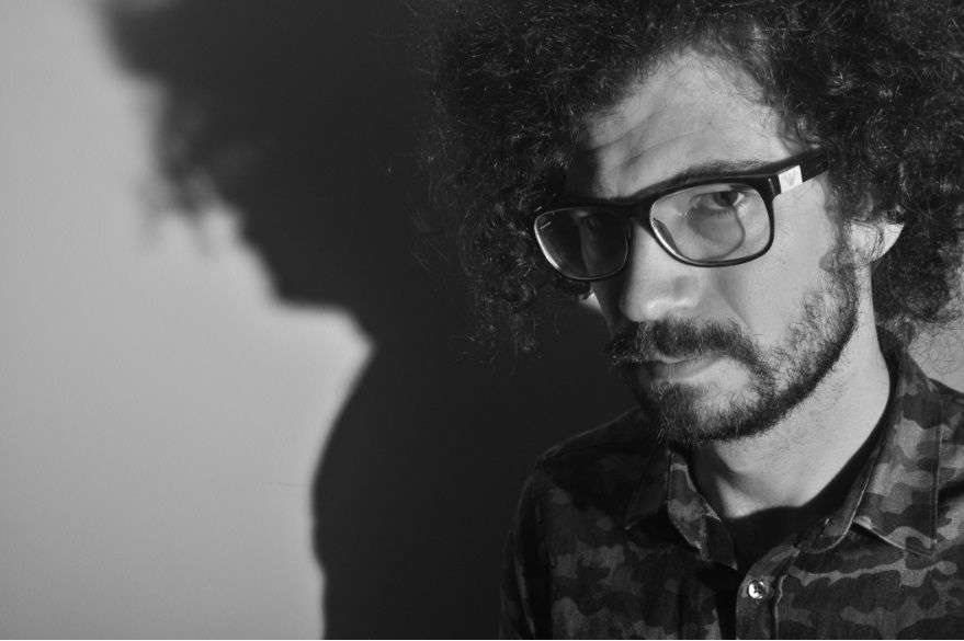 Breno Ruiz apresenta seu primeiro álbum