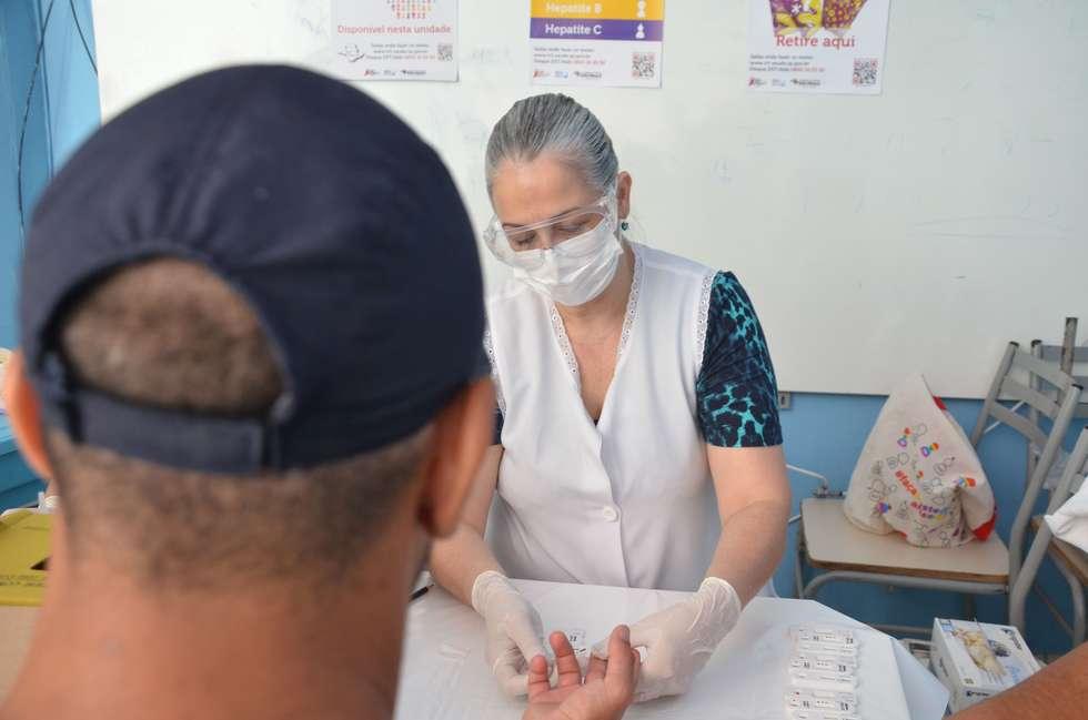 Campanha detecta 71 casos de sífilis