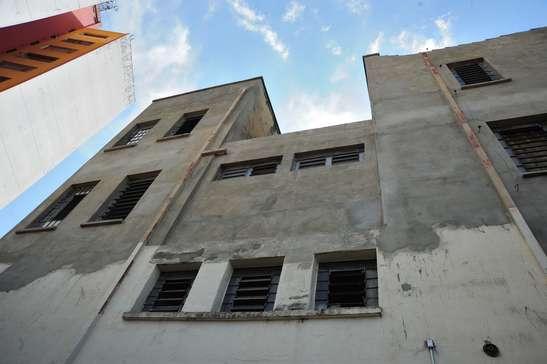 Obras de restauro do Palacete Scarpa param pela metade