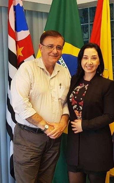 Prefeitura nomeia nova assessora em Brasília