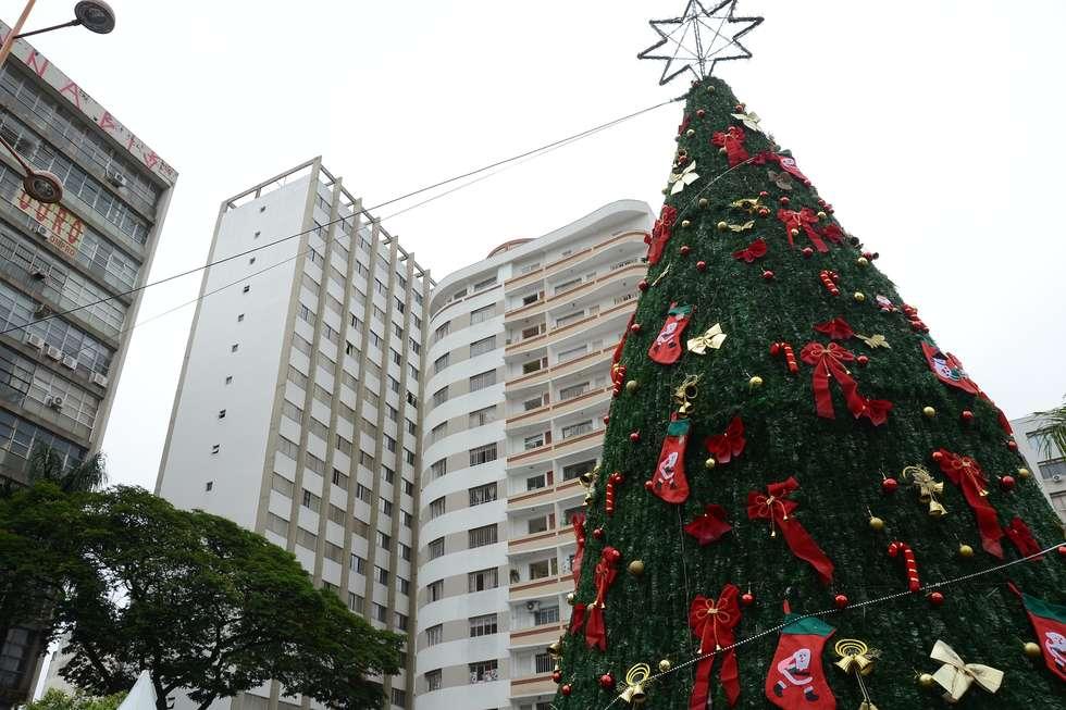 Programação de Natal leva shows à praça Coronel Fernando Prestes