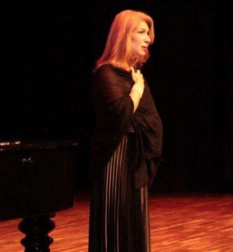 Fundec recebe formanda de canto lírico e Madrigal na noite de hoje