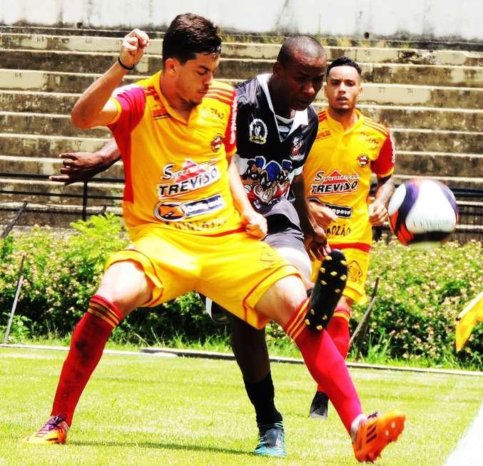 Empate sem gols favorece Enquadros