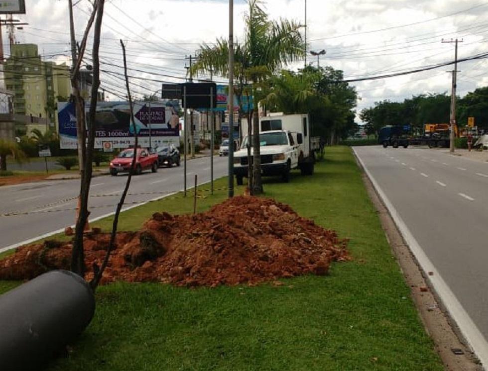 Avenida Izoraida Marques Peres esquina com rua Augusto Lippel. Crédito da foto: Secom - Sorocaba