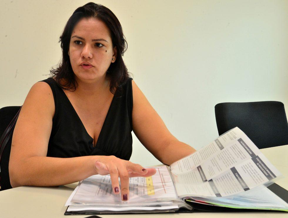 Conselho dos Direitos da Mulher faz protesto e programa atividades