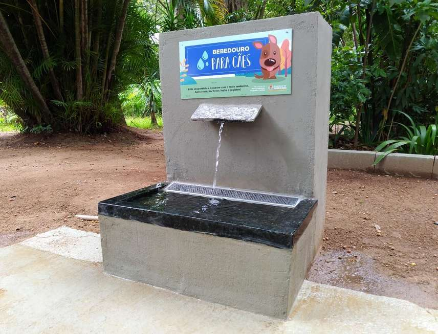 Parque da Biquinha ganha bebedouro para cães