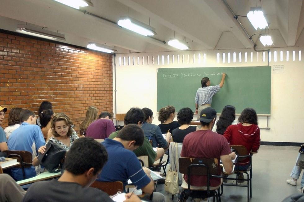São ofertadas 243.888 bolsas de estudo em 1.239 instituições