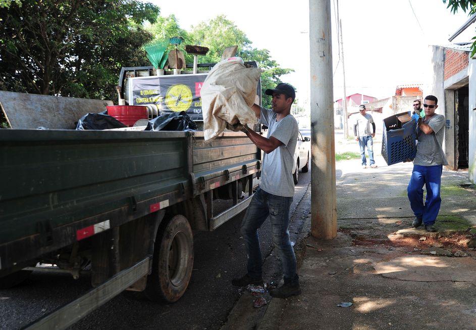 994 cidades têm risco de surto de dengue