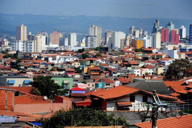 Cerca de 50 mil donos de imóveis vão pagar IPTU complementar