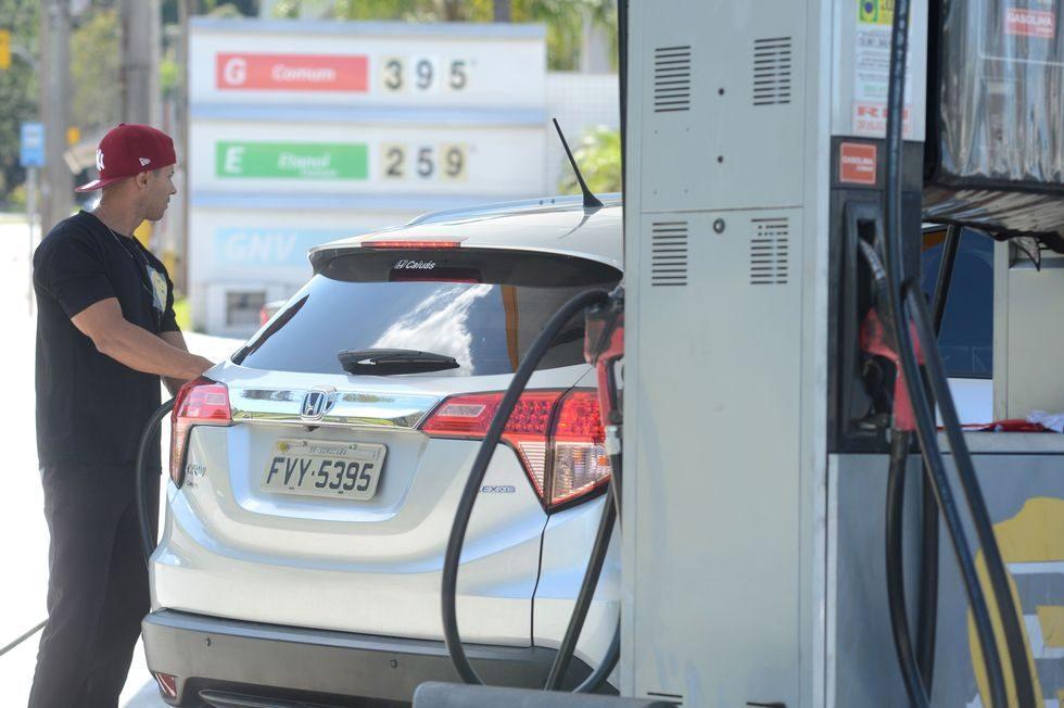 Em uma semana, gasolina aumenta 2,7%