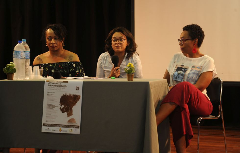 Encontro discute o feminismo negro e a proteção de direitos