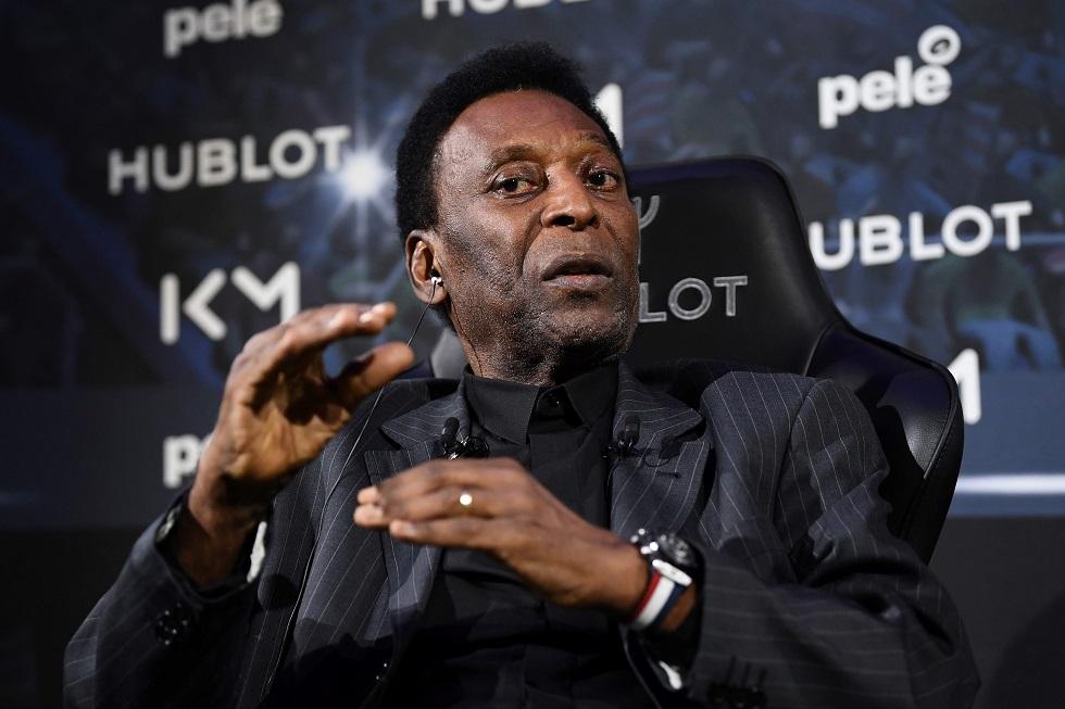 Ainda internado, Pelé revela melhora e brinca: 'Acho que estou pronto para jogar'