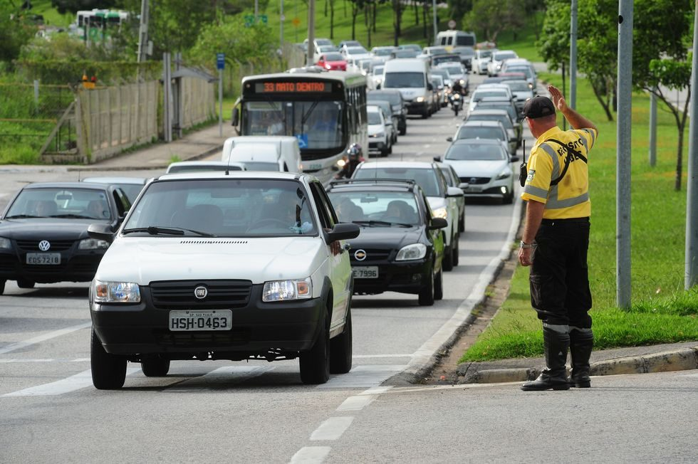 Aumento do uso de aplicativos reduz mortes no trânsito