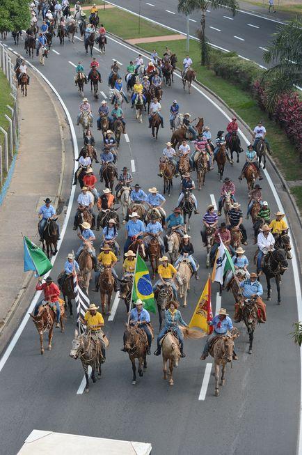 Sorocaba repete tradicional desfile dos tropeiros domingo