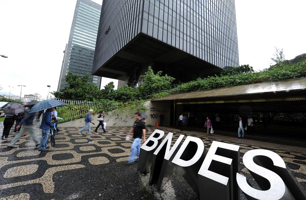 BNDES prorroga crédito a pequenas empresas