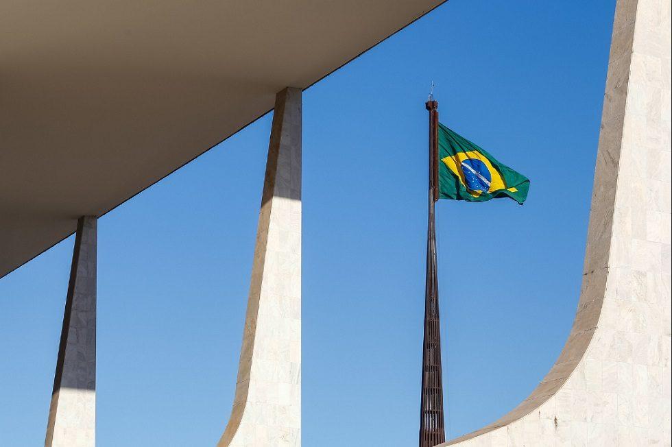 Planalto lança campanha 'O Brasil não pode parar' contra medidas de isolamento