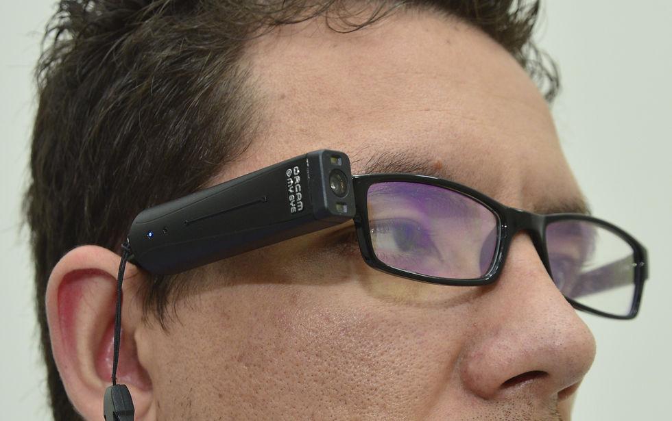 BOS testa tecnologia inclusiva para pessoas com deficiência visual