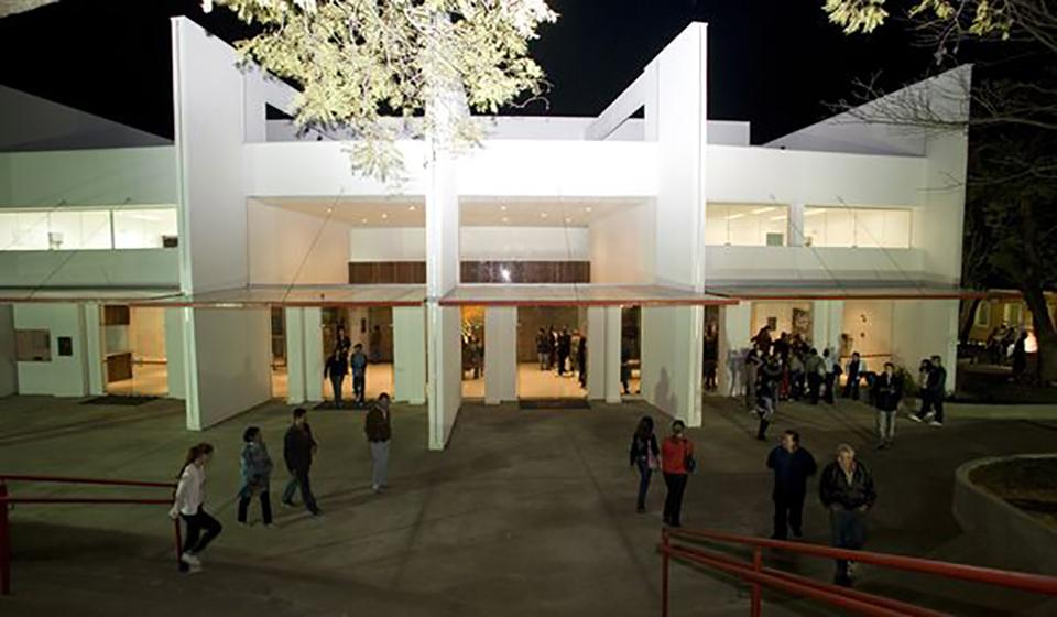 """""""CEC 10 anos"""" reúne 80 fotografias de espetáculos e eventos realizados na Sala Palma de Ouro"""