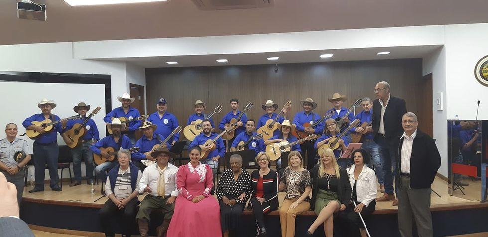 Presença: Orquestra de Violas de Sorocaba