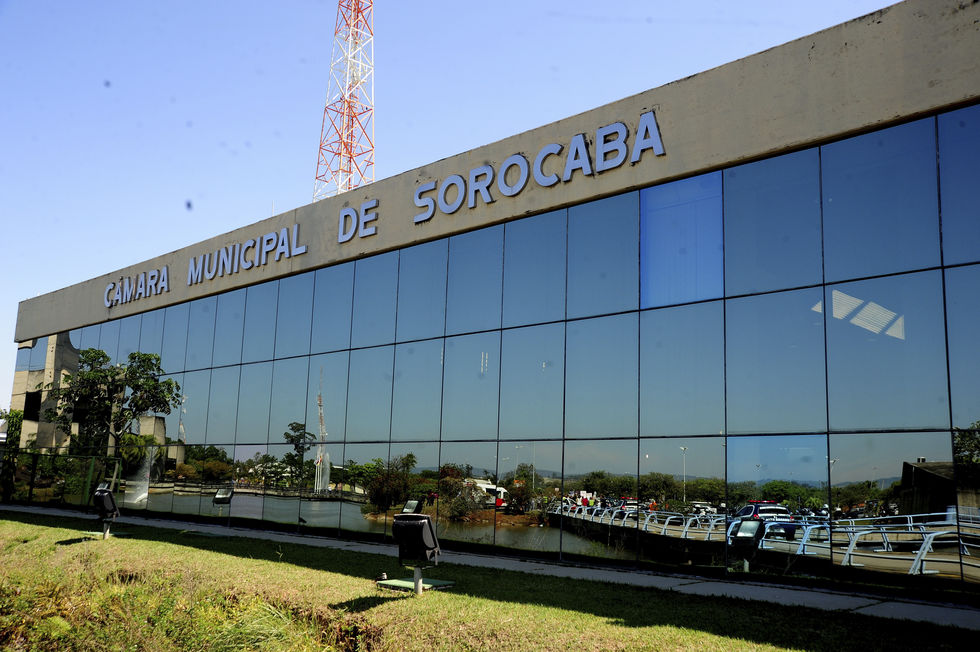 Fachada da Câmara Municipal de Sorocaba.