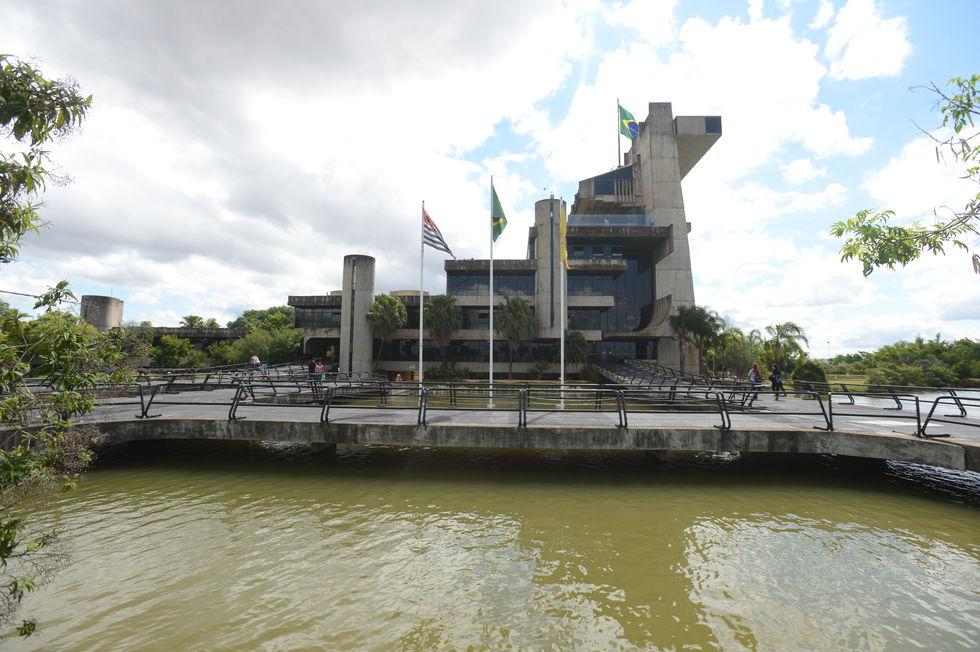 Tribunal de Contas aponta desequilíbrio orçamentário da Câmara e Prefeitura