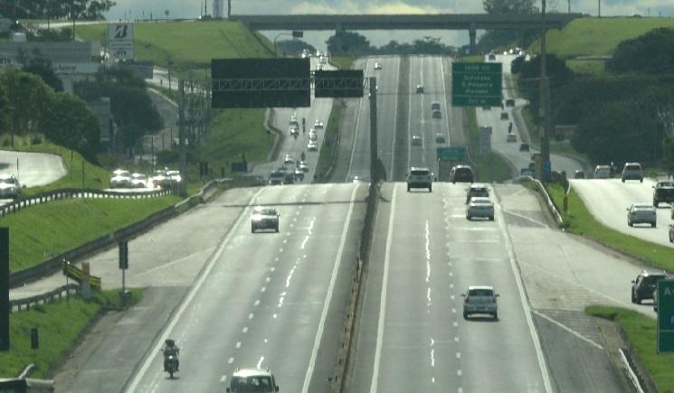 Morre motorista de caminhão que se envolveu em acidente na Raposo