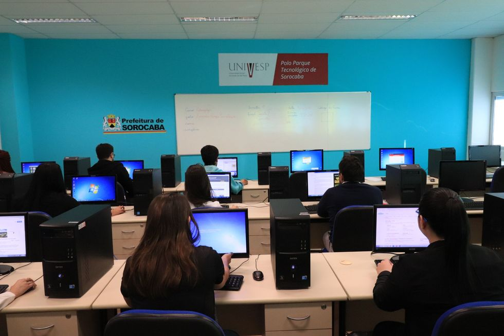 Univesp abre 200 vagas de licenciatura e bacharelado