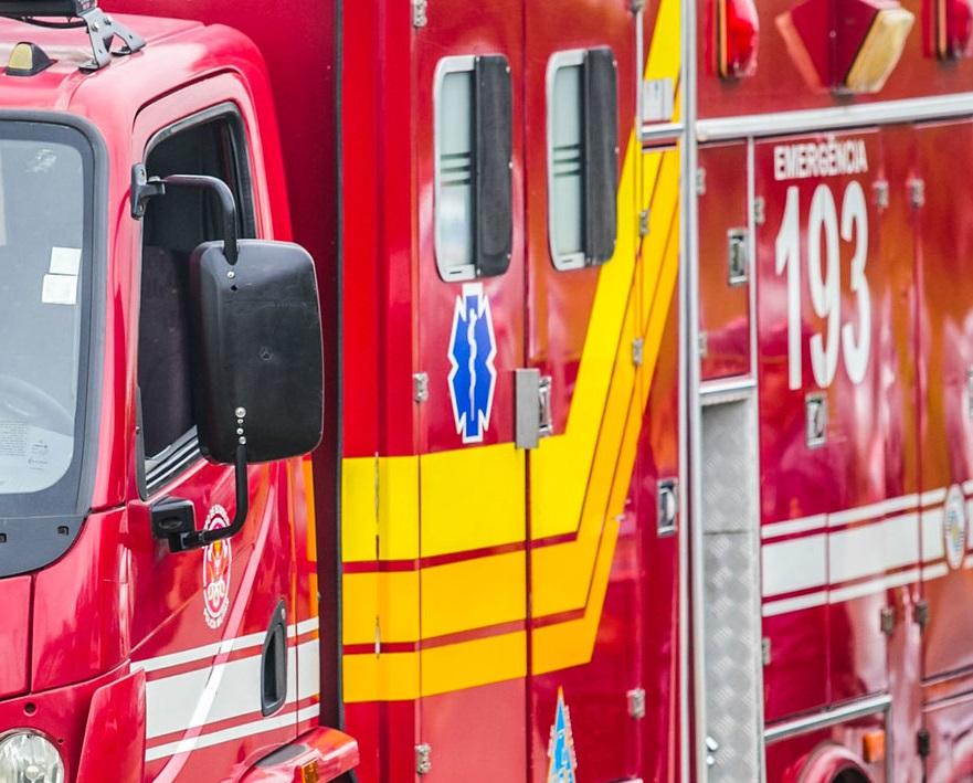 Sete pessoas são encontradas mortas dentro de um carro caído em vala
