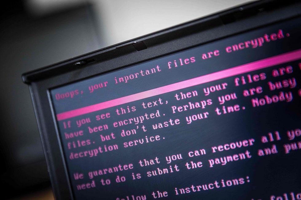 Ciberataques afetam centenas de escolas e prefeituras dos EUA
