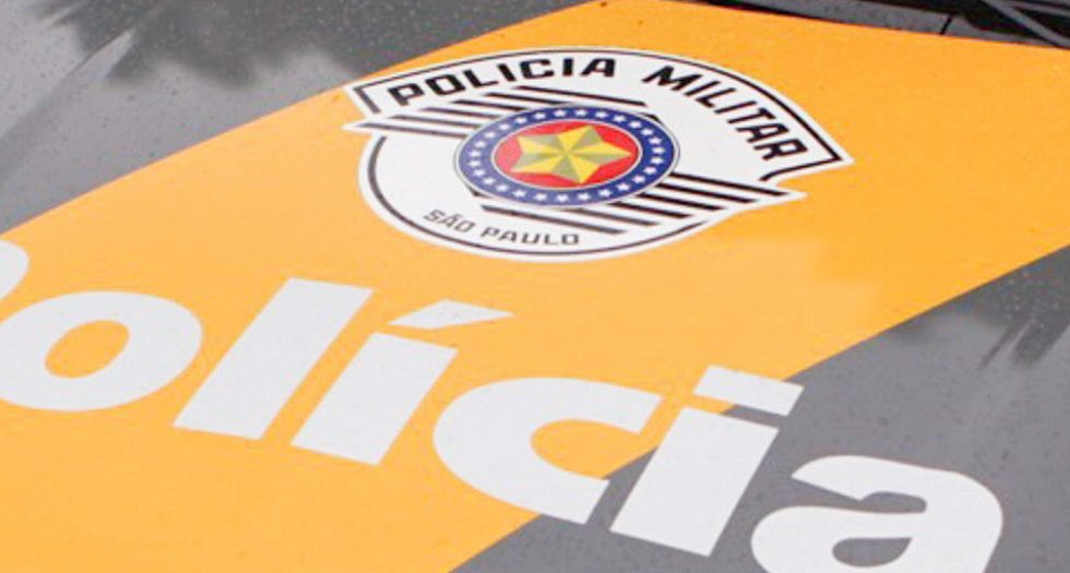 Acidente envolve carro e moto na rodovia Celso Charuri