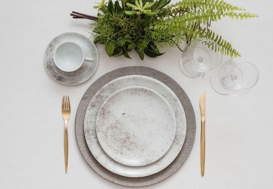 A rusticidade do concreto nas porcelanas de mesa
