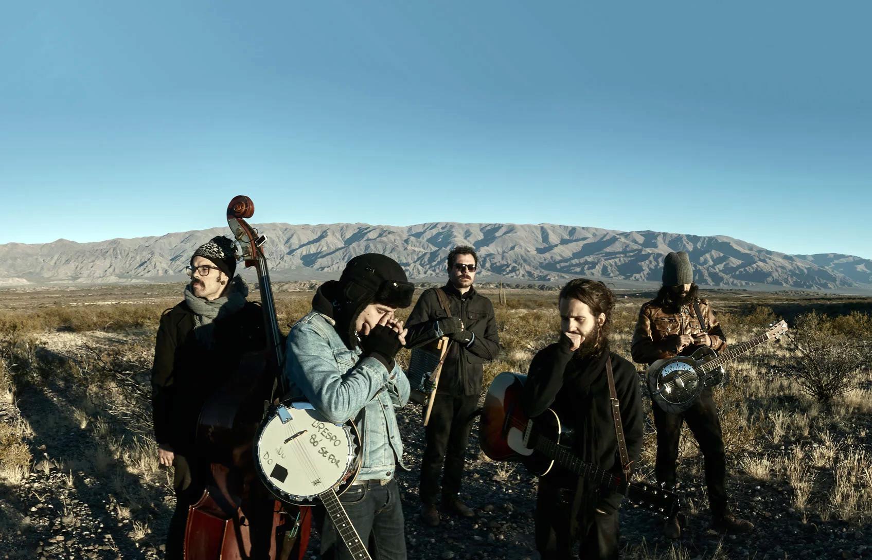 Reunindo influências culturais diversas, a banda sorocabana Monoclub é uma das atrações do República do Blues