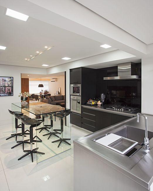 Na cozinha planejada: fogão ou cooktop?