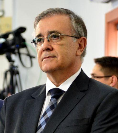 Parecer do MP é contrário à volta de Crespo ao governo