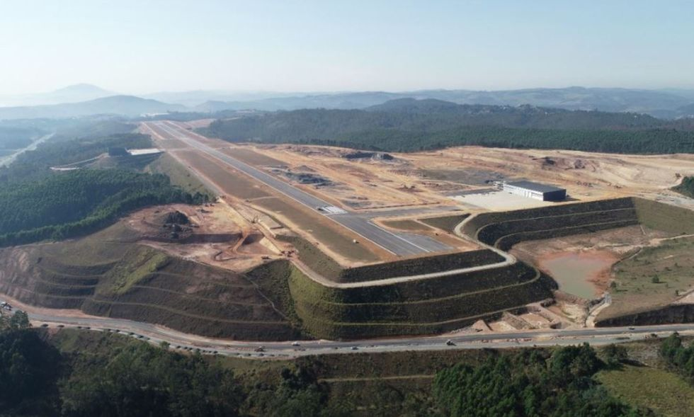 O São Paulo Catarina Aeroporto Executivo fica no km 62 da rodovia Castelo Branco.
