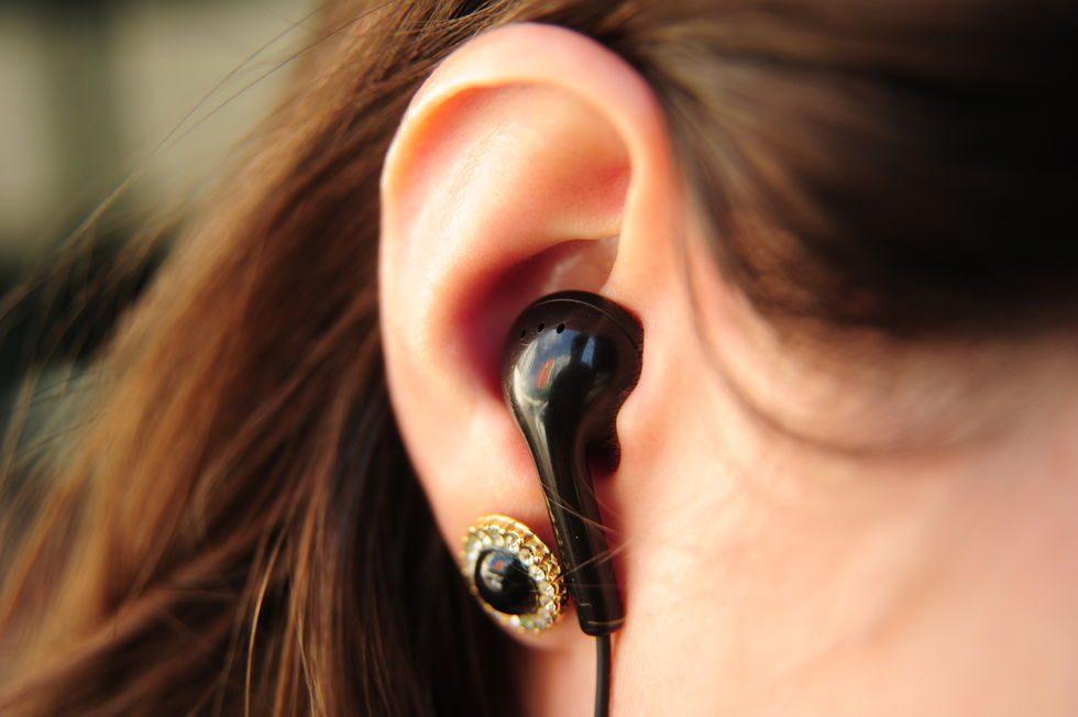 Cuidar da saúde dos ouvidos pode evitar a perda auditiva