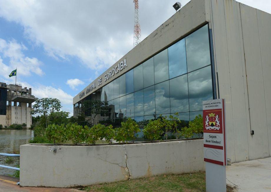 Tribunal de Contas orienta Câmara de Sorocaba a reduzir assessores