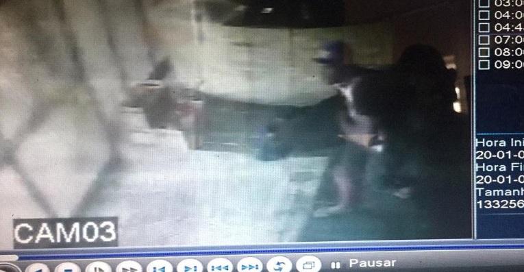 Câmera de segurança registra furto em pizzaria de São Roque