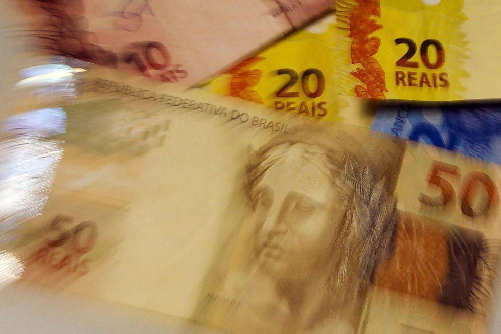 FMI vê País com a pior dívida entre emergentes