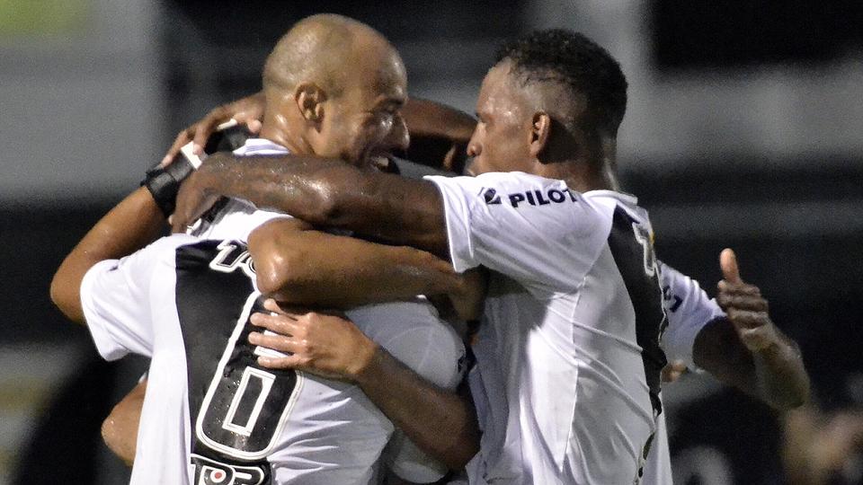 Série B do Campeonato Brasileiro pode ter novo líder neste sábado (22)