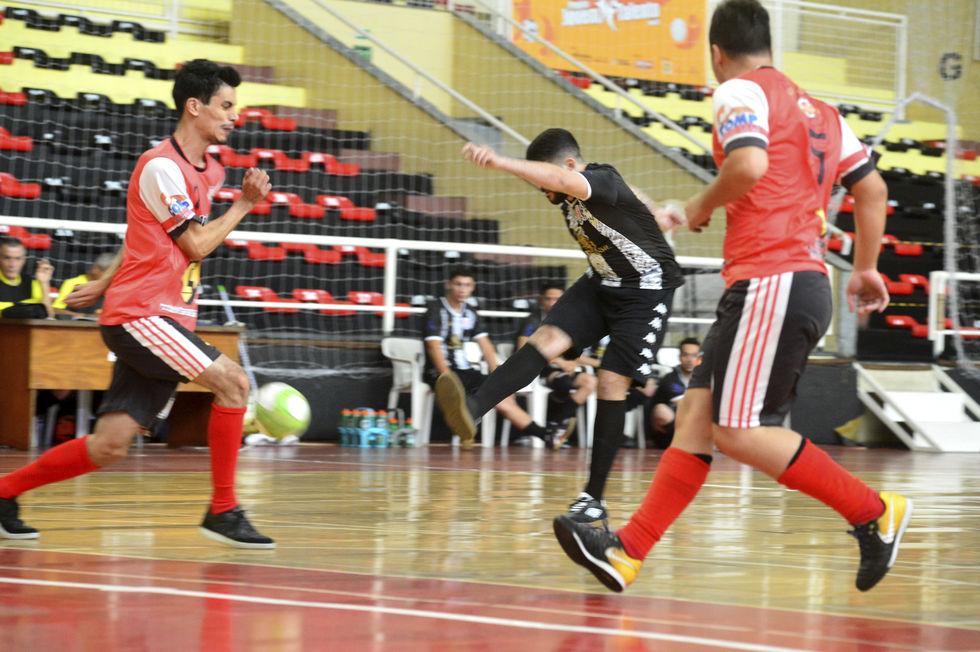 Cruzeirão tem 36 gols em oito partidas
